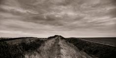 black & white landscape photograph of Devil's Dyke Cambridgeshire @petercorr.com