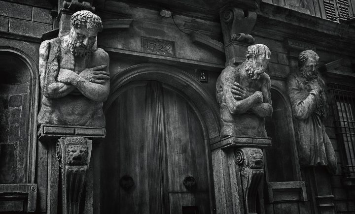 Statues in Milano, Italy